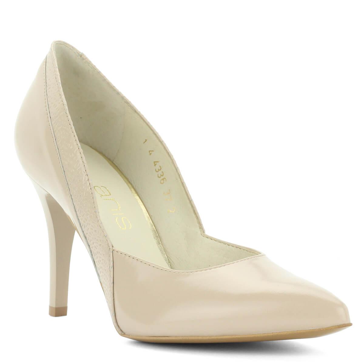 d365ad0d8f Anis bézs színű bőr magassarkú cipő nyomott mintával. Sarka 9 cm  magasDomini Cipőüzlet