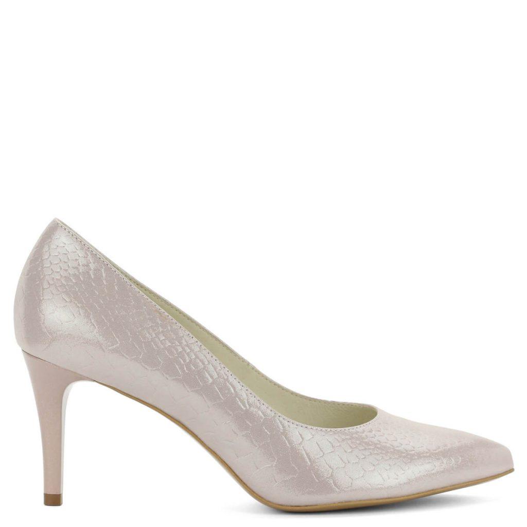 A cipő megvásárolható webáruházunkban és cipőüzleteinkben Győrben. cb9ed85318